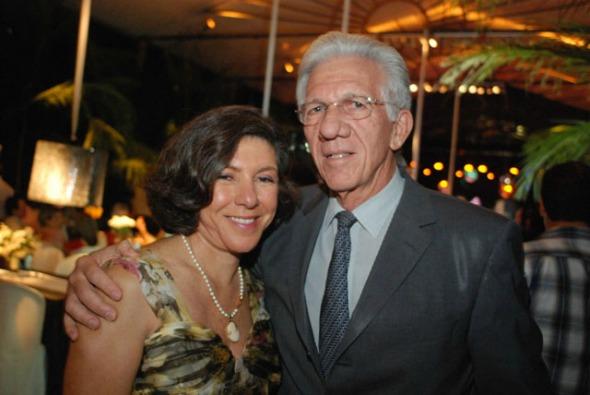 Tânia e Pedro Schwambach. Crédito: Nando Chiappetta/DP/D.A Press