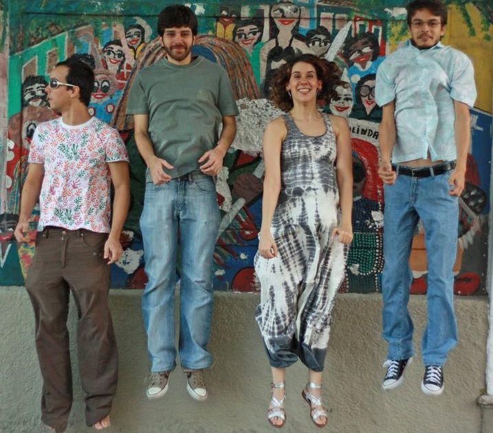 A banda Nós 4 vai fazer uma turnê especial para comemorar os 10 anos do DVD gravado em Maracaípe. Créditos: Reprodução Facebook