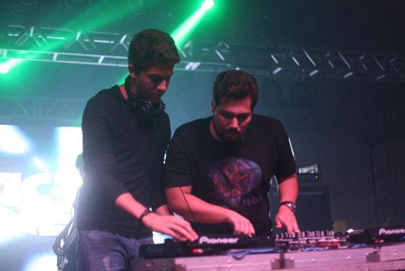 DJ Victor Neiva. Crédito: Vinícius Ramos