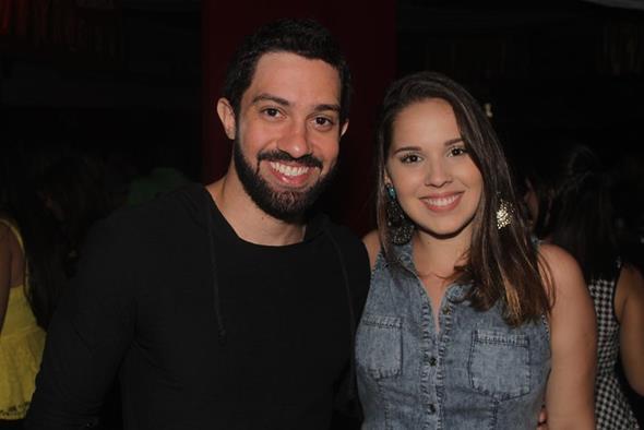 Marcelo Araújo e Natália Pompilio. Crédito: Vinícius Ramos