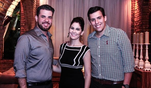Lucas Brasil, Mila Moura e Ricardo Piochi. Crédito: Rachel Melo