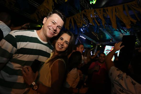 Samuel Paz e Camila Nápoles. Crédito: Celo Silva / Divulgação