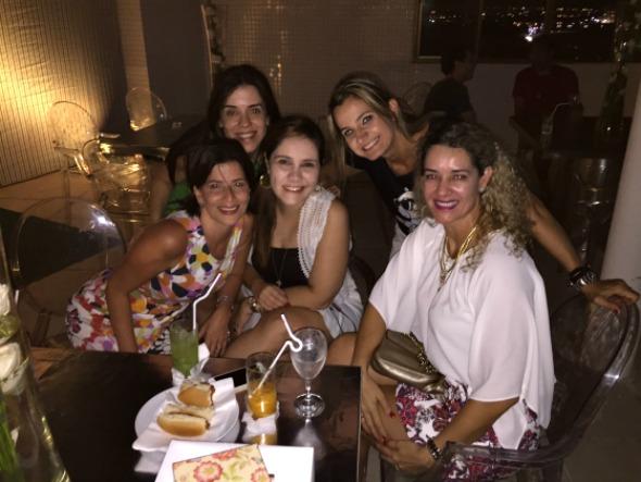 Carla Bensoussan, Cacau Acioli, Dani Janguie, Ju Cavalcanti e Sandra Janguie - Crédito: Gabriel Pontual