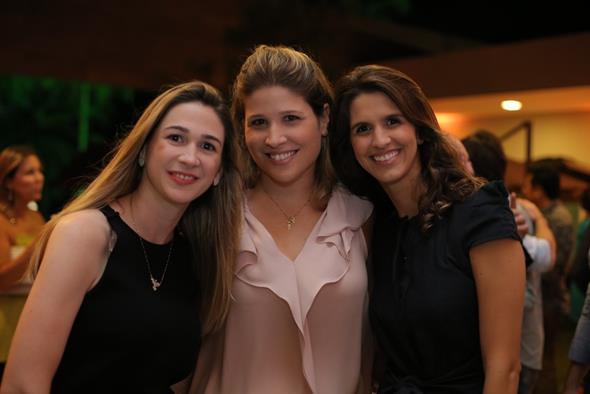 Eduarda Petribu, Cristiana e Priscila Brennand. Crédito: Ricardo Nascimento