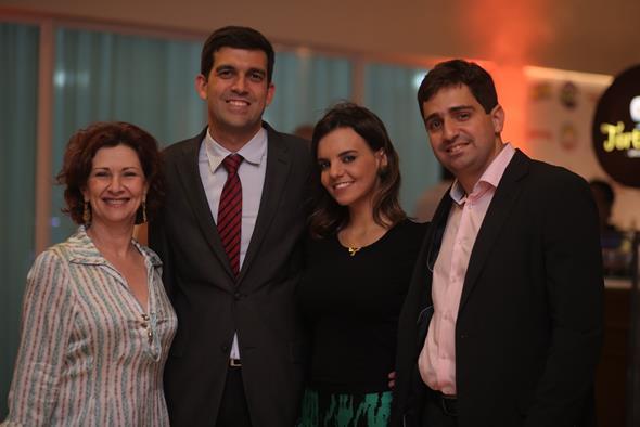 Paula Peixoto, Armando Wallach, Carol Tigre e Henrique Castro. Crédito: Ricardo Nascimento