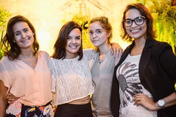 Cássia Costa, Sthefany Passos, Alice Marinho e Vivian Oliveira. Crédito: Greta Sophia