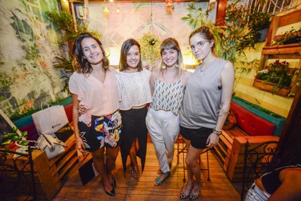 Cássia Costa, Sthefany Passos, Izabela Hinrichsen e Alice Marinho. Crédito: Greta Sophia