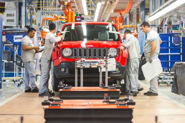 Primeiro Jeep Renegade produzido na fábrica de Goiana para venda no mercado-  Crédito: Clelio Tomaz/Divulgação