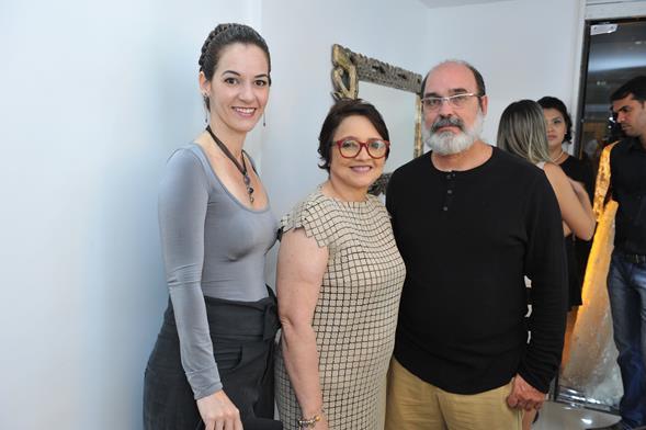 Paola Muniz, Lucy Botelho e Max Branco. Crédito: Lacerda Estúdio