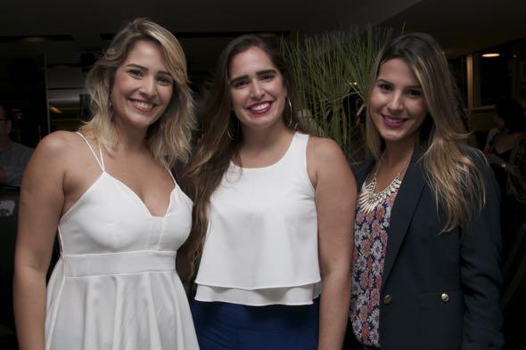 Nina Lima, Rafaela Lima e Camila Calado - Crédito: Tatiana Sotero/DP/D.A Press