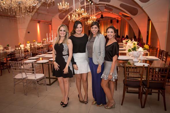 Daniela Gomes, Viviane Branco, Camila Texeira e Natally Arcoverde. Crédito: Adjemir Miranda