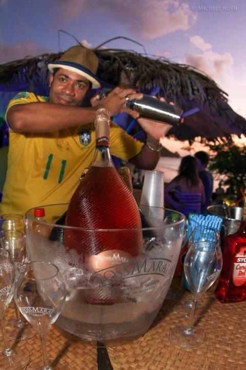 O bartender Waldir Calado, nome à frente do Ilha Drinks. Crédito: Divulgação