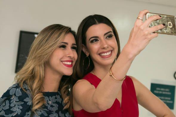 Dany Khadydja e Camila Coutinho - Crédito: Tatiana Sotero/DP/D.A Press