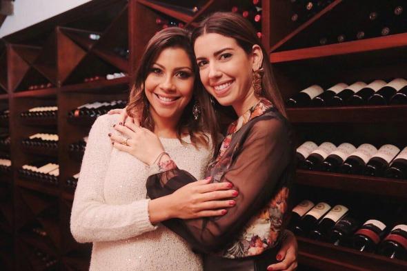 A ex-BBB Karla e Camila Coutinho - Crédito: Divulgação/Nez Bistro