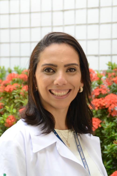 Giovanna Lustosa comanda um bate-papo sobre questões maternas na Depilrica Graças. Créditos: Arquivo Pessoal/ Divulgação