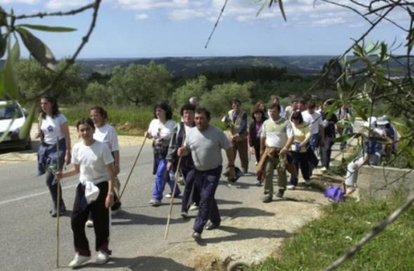 Peregrinos com destino a Fátima