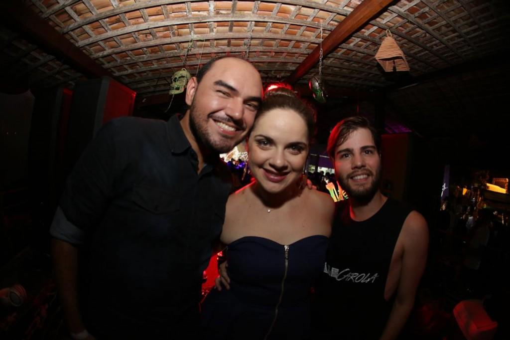 Thikos, Erica e Xande Medeiros Créditos: Celo Silva fotografia/ DIvulgação