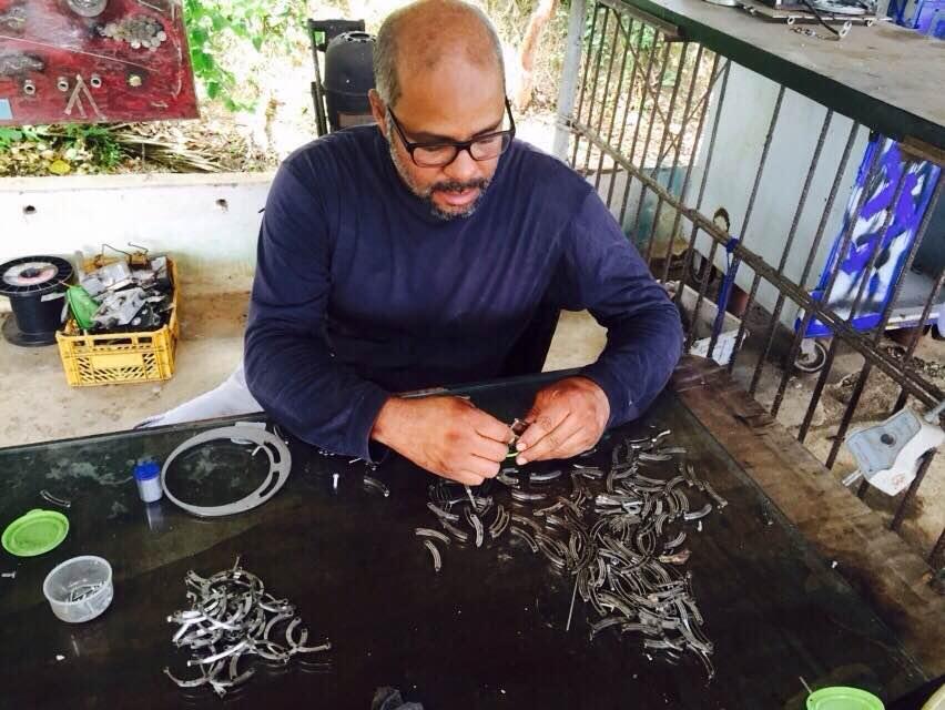 Alexandre Almeida lança a sua primeira linha de acessórios masculinos Créditos: Divulgação
