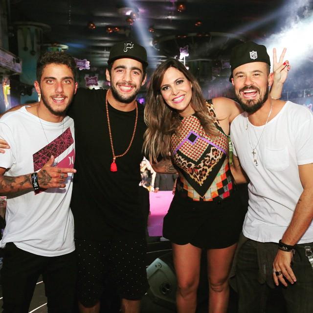 Felipe Toledo, Pedro Scooby, Carol Sampaio e Paulinho Vilhena no Baile da Favorita, sábado, no Rio de Janeiro - Crédito: Reprodução do Instagram