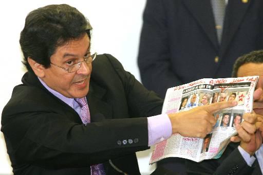 Roberto Jefferson casa nesta sexta-feira, em uma cerimônia de R$ 100 mil Créditos: AP Photo/Eraldo Peres