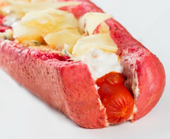 """O hotdog """"Rua do Amor"""". Créditos: Thaís Carvalho"""