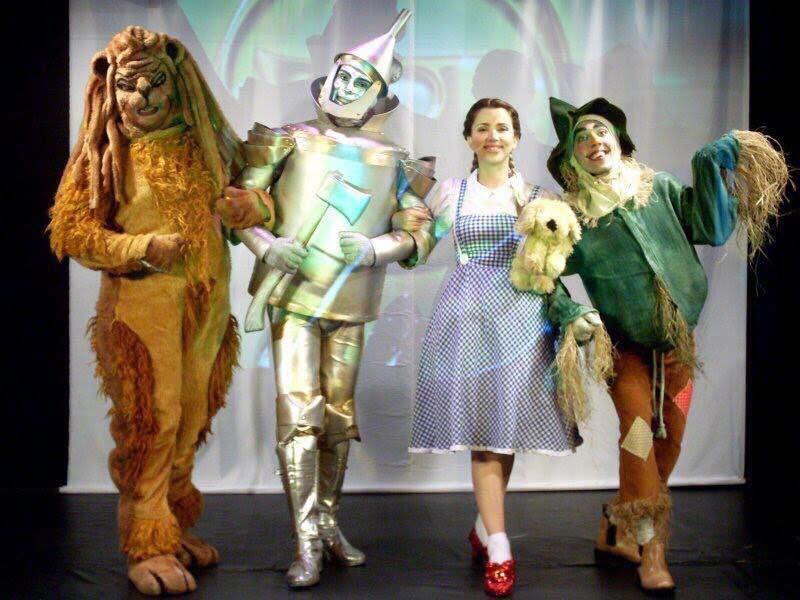 As crianças vão poder assistir ao pocket espetáculo do Mágico de Oz Créditos: Divulgação