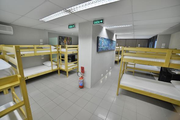 Um dos dormitórios. Crédito: Samuel Barbosa/Agência Portrait