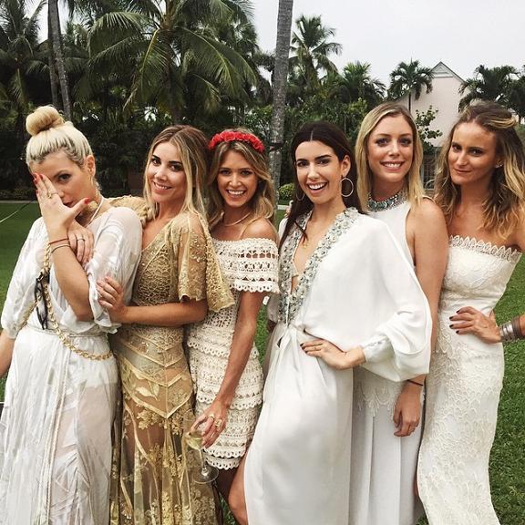Helo Rocha, Mica Rocha, Helena Bordon, Camila Coutinho, Fabiana Justus e Flavia Brunetti no luau nas Bahamas  - Crédito: Reprodução do Instagram