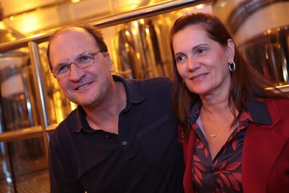 Licínio e Márcia Dias Fotos: Rafa Medeiros e Renato Spencer