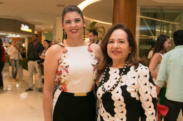 Izabelle Rino e Sheilla Carneiro - Crédito: Tatiana Sotero/DP/D.A Press