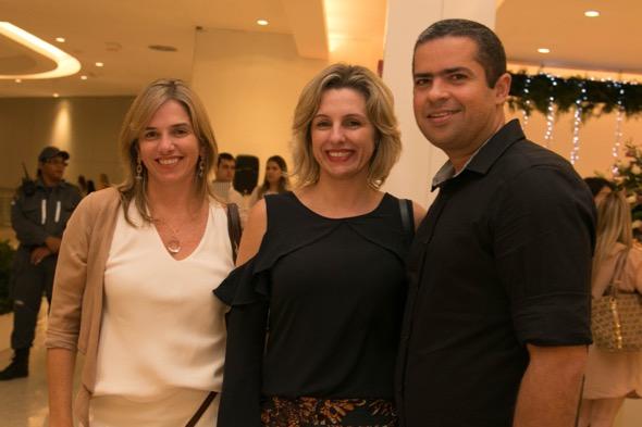 Carla Konrad, Tania Konrad e André Palma - Crédito: Tatiana Sotero/DP/D.A Press
