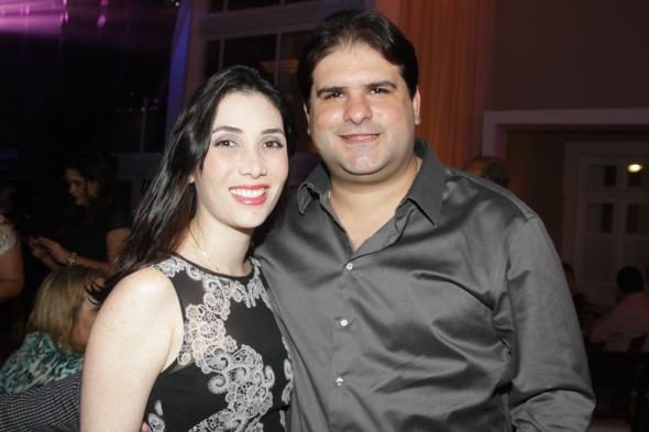 Fernanda e Vinicius Labanca - Crédito: Roberto Ramos/DP/D.A Press