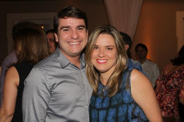 João Guilherme Ferraz e Renata - Crédito: Roberto Ramos/DP/D.A Press
