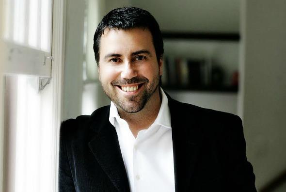 Carlos Ferreirinha, Crédito: Reprodução www.universodamoda.com.br