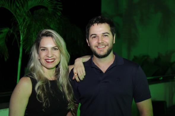 Taciana Carulla e Heracliton Diniz. Crédito: Luiz Fabiano / DIvugação