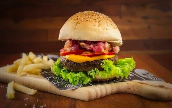 Os pratos do Burger Station vão estar no evento Créditos: Divulgação