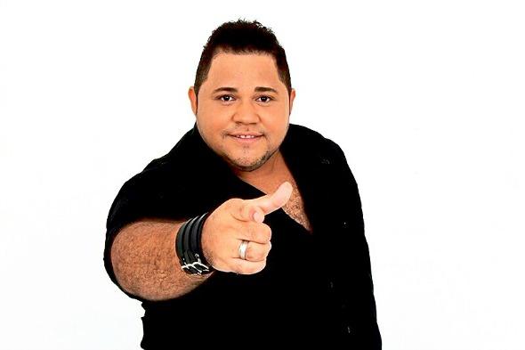 O cantor Danilo França. Crédito: Divulgação