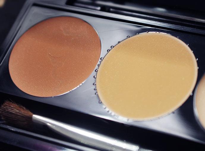 Duo de corretivo MAC - Crédito: Divulgação/MAC