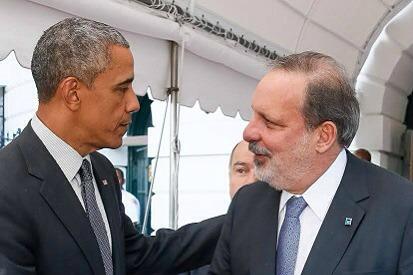 Barack Obama e Armando Monteiro rotativa