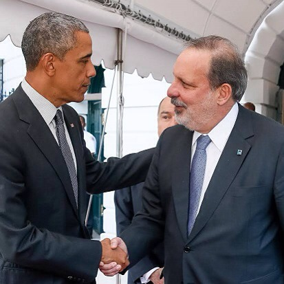 Barack Obama cumprimentando Armando Monteiro nos Estados Unidos - Crédito: Reprodução do Instagram/Armando Monteiro Neto