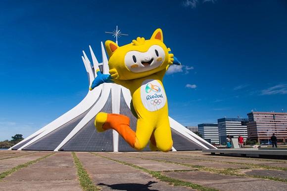 Vinicius, um dos mascotes dos Jogos Olímpicos Rio 2016, está em Brasília para o lançamento da Tocha Olímpica. Foto: Comitê Rio 2016