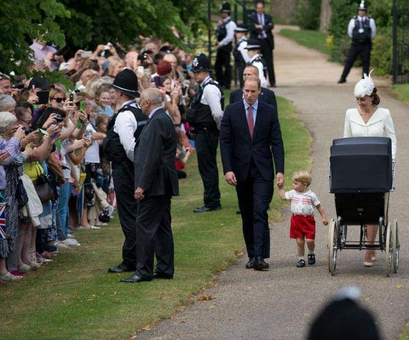 Príncipe William, Kate Middleton, Príncipe George e a Princesa Charlotte. Crédito: Reprodução/Facebook Oficial da Família Real