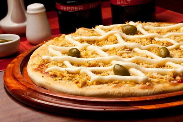 Pizza de frango com catupiry da Pizzaria Atlântico. Crédito: Dante Barros
