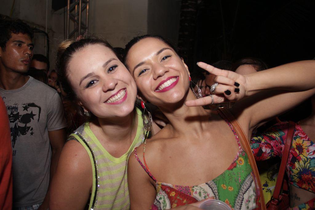 Mari Oliveira e Ludmilla Matos  Créditos: Larissa Nunes/Vagalume Comunicação