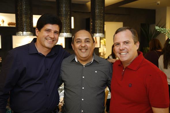 Alexandre Muniz e Dirceu Paes, Romulo Avelar Créditos: Gleyson Ramos/Divulgação