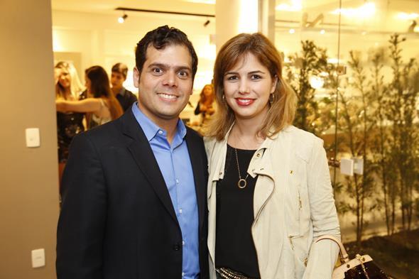 Fabio e Emmanuelle Gueiros Créditos: Gleyson Ramos/Divulgação