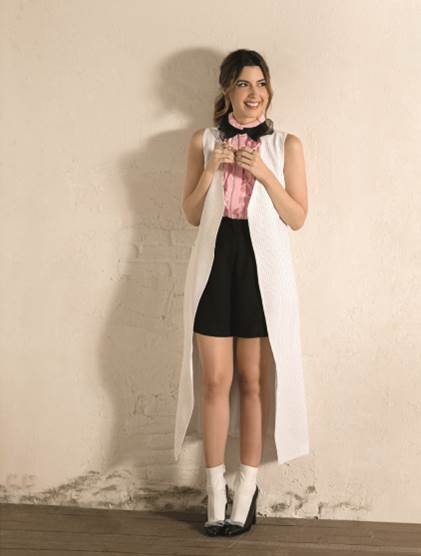 Camila Coutinho em clique para a revista Estilo de agosto - Foto: Yuri Sardenberg /Revista Estilo