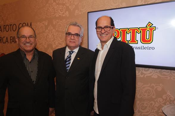 Nilson Samico, Alexandre Ferrer e Queiroz. Crédito: Roberto Ramos/DP/D.A. Press