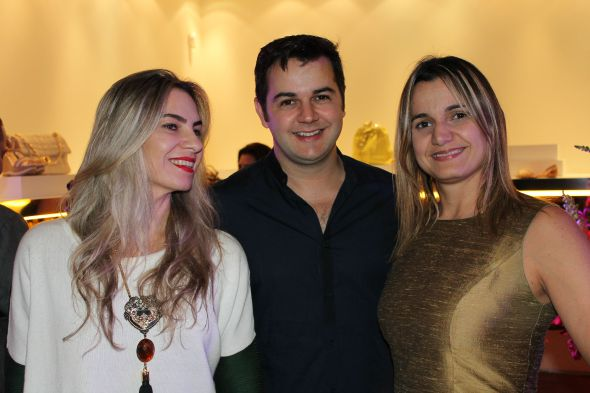 Taciana Carulla, Heracliton Diniz e Juliana Cavalcanti -  Crédito: Taís Machado /DP/D.A. Press