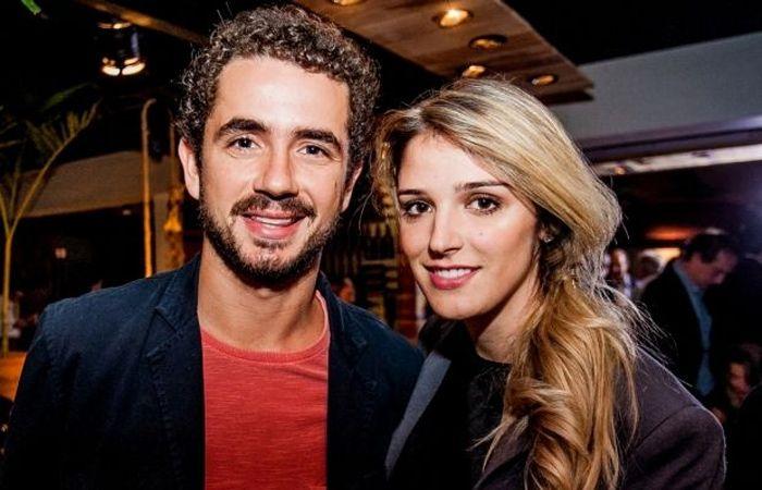 Felipe Andreoli e sua mulher Rafaella Brites Créditos: Marcos Mendez/Divulgação